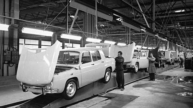 Usine Dacia 1966