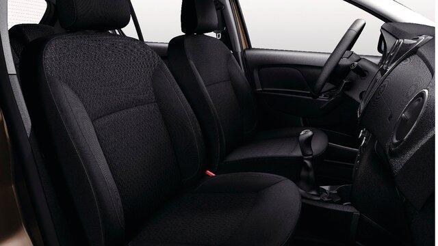 Dacia Sandero - toma trasera de 12V