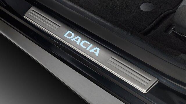 Seuils de portes éclairés Dacia