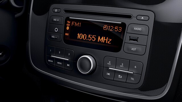 Sandero série limitée City +, radio