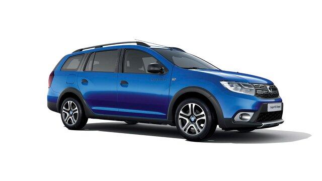 Dacia Logan MCV Stepway – 15<sup>th</sup> Celebration évfordulós limitált széria, háromnegyedes elölnézet