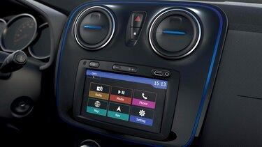 Dacia Sandero Stepway – limitált széria, külső dizájn - Műszerfal, multimédia
