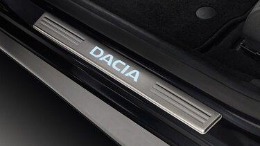 Dacia Sandero Stepway mit beleuteter Einstiegsleisten
