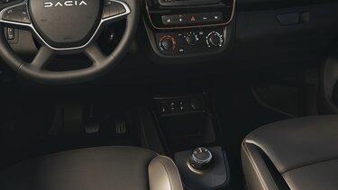 Nowa Dacia Spring schowki