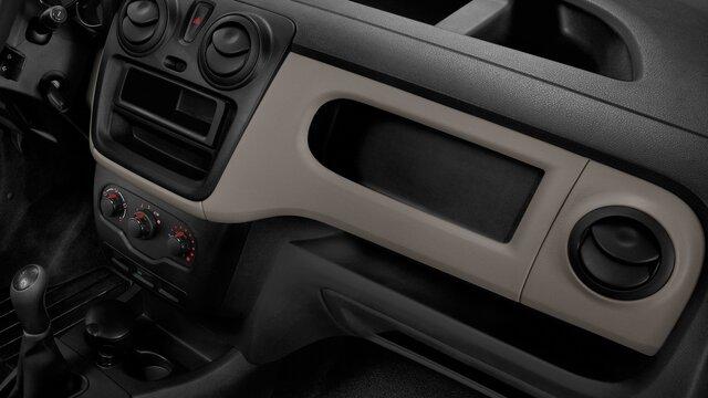 Dokker Van Pick-up - Presa di corrente e porta USB