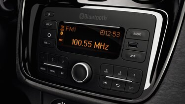 Dokker – Dacia Plug & Radio
