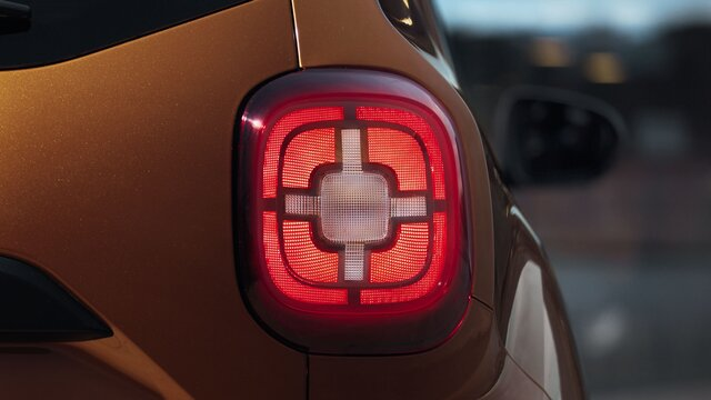 Dacia Duster rear light