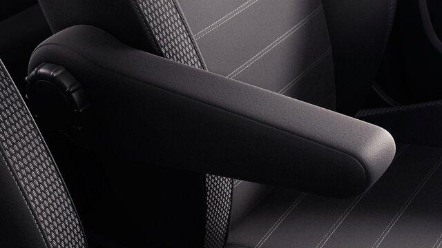 Je kunt je Dacia Duster ook krijgen met een armsteun bij de bestuurdersstoel. Wel zo comfortabel.