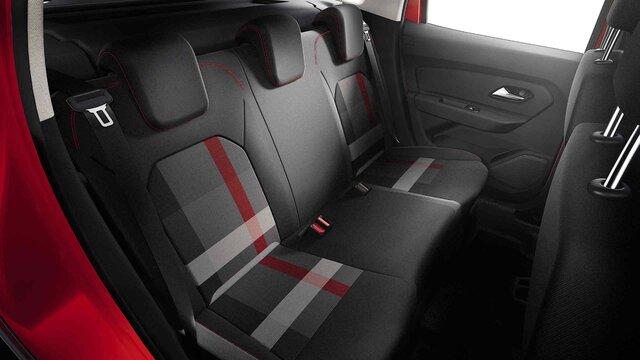 Dacia Duster HJD Techroad - Interieur van de auto