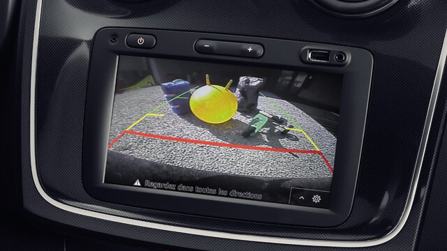 Logan MCV Stepway - Reversing camera