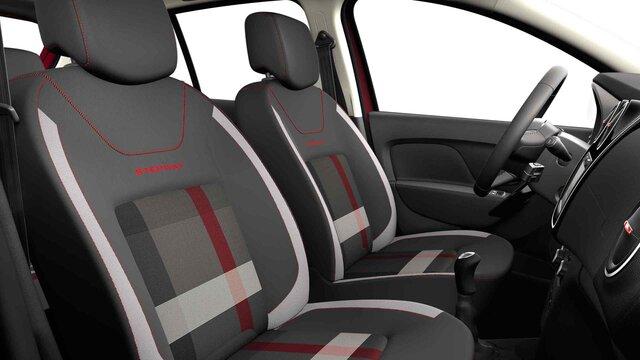 Dacia Logan MCV Stepway Techroad - Vedere din interior cu scaunele din față