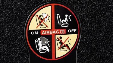 Logan MCV –Erklärung der Beifahrerairbag und Isofix-Sitze