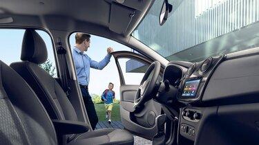 Logan interior - Media Nav Evolution