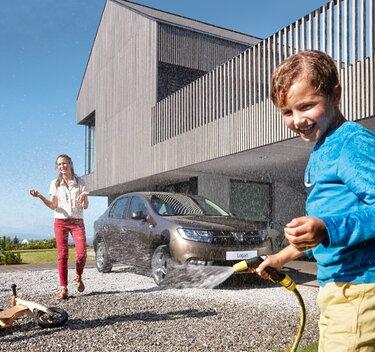 LOGAN – семеен автомобил