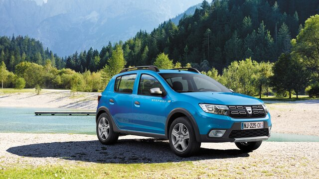 Blue Sandero Stepway