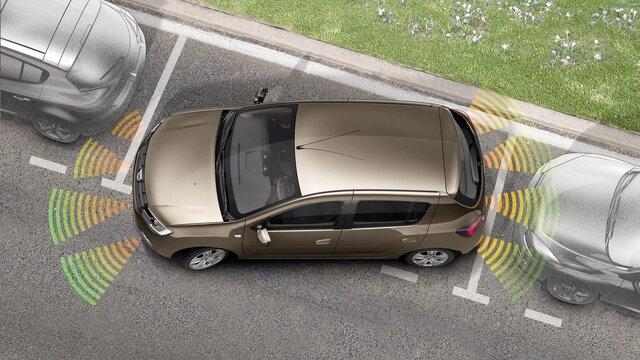 Sandero – pomoč pri parkiranju spredaj in zadaj