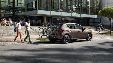 Dacia Sandero - Hak z bagażnikiem na rowery