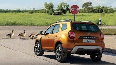 Dacia duster exterior orange