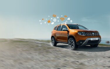 Dacia Duster Orange - Vedere laterală