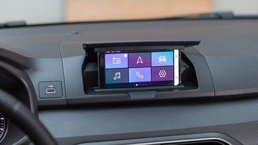 Dacia Media Control zaslov v avtomobilu