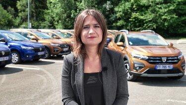Sanam, oblikovalka znamke Dacia za barve in materiale