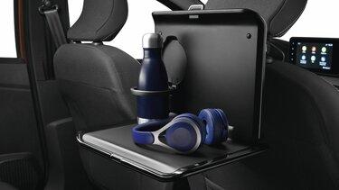 Sklopný stolík za predné sedadlá - Nová Dacia Sandero Stepway