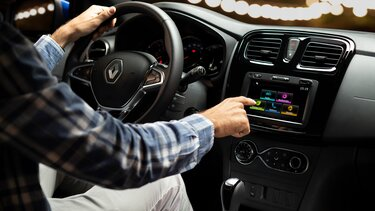 Renault SANDERO - Media Evolution®