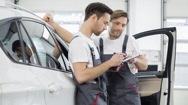 Autoanalyse in einer Renault Fachwerkstätte