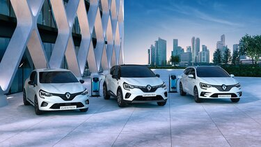 Véhicules E-TECH Hyrbides - Renault