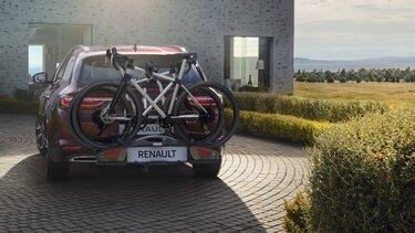 Renault Talisman na podjeździe