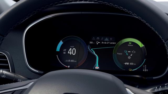 Renault CAPTUR E-TECH - Schermo del conducente da 10,2 pollici