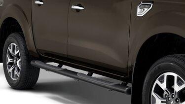 Renault ALASKAN - Estribo tubular negro