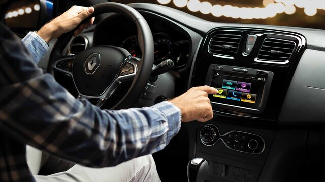 Renault Logan -Media evolution
