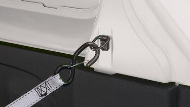 Renault TRAFIC anillos de amarre