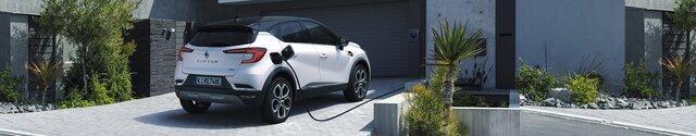 Renault Captur Plug-in Hybrid an der Ladestation