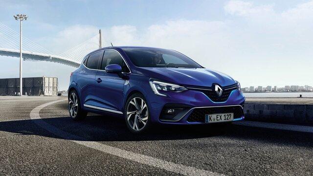 Blauer Renault CLIO R.S. Line auf der Straße