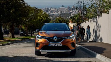 CAPTUR in Orange – SUV-Frontpartie