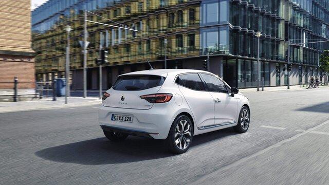 Renault Clio Hybrid in der Stadt