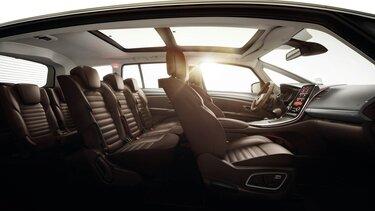 Der Innenraum des Renault Espace mit hochwertigen Materialien ausgestattet