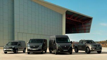 Renault Nutzfahrzeuge Range vor moderner Architektur