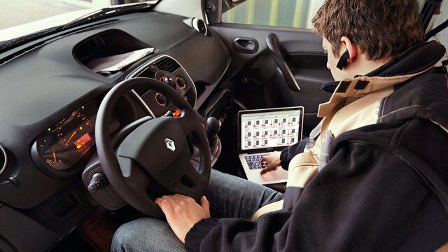 Mobiler Arbeitsplatz im Renault Kangoo Z.E.