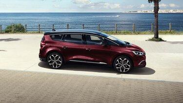 Renault Grand SCENIC am Meer