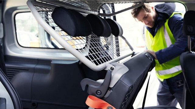 Das Sicherheitsgitter im Renault Kangoo