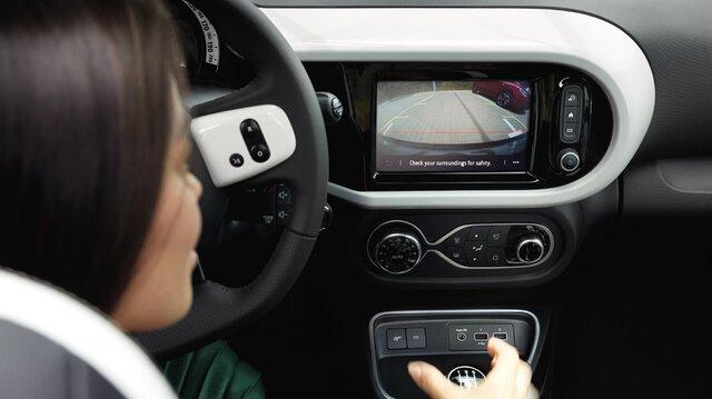 Renault R-Link mit Rückfahrkamera