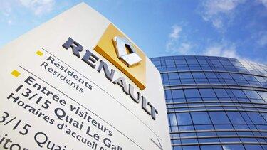 Renault Logo auf einem Schild vor Renault Hauptsitz