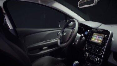 RENAULT CLIO - التصميم الداخلي
