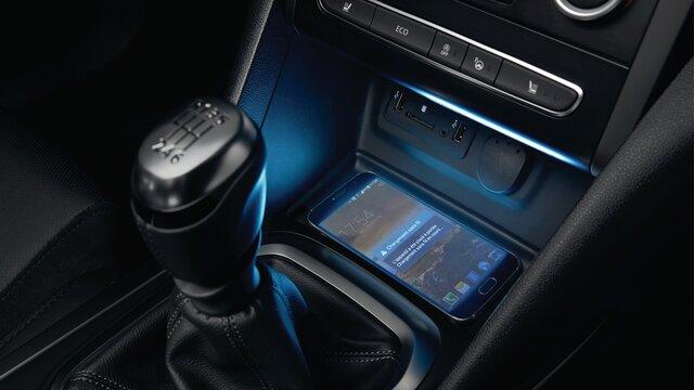 Renault Captur cargador para smartphone