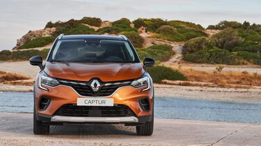 Renault CAPTUR SUV parte delantera naranja