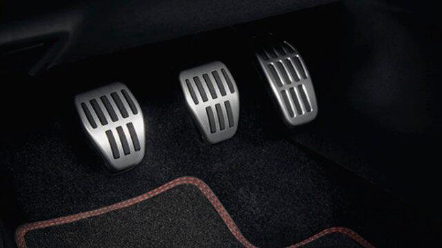 Renault accesorios pedales sport