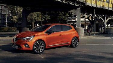 Renault e-guide - CLIO rouge garée